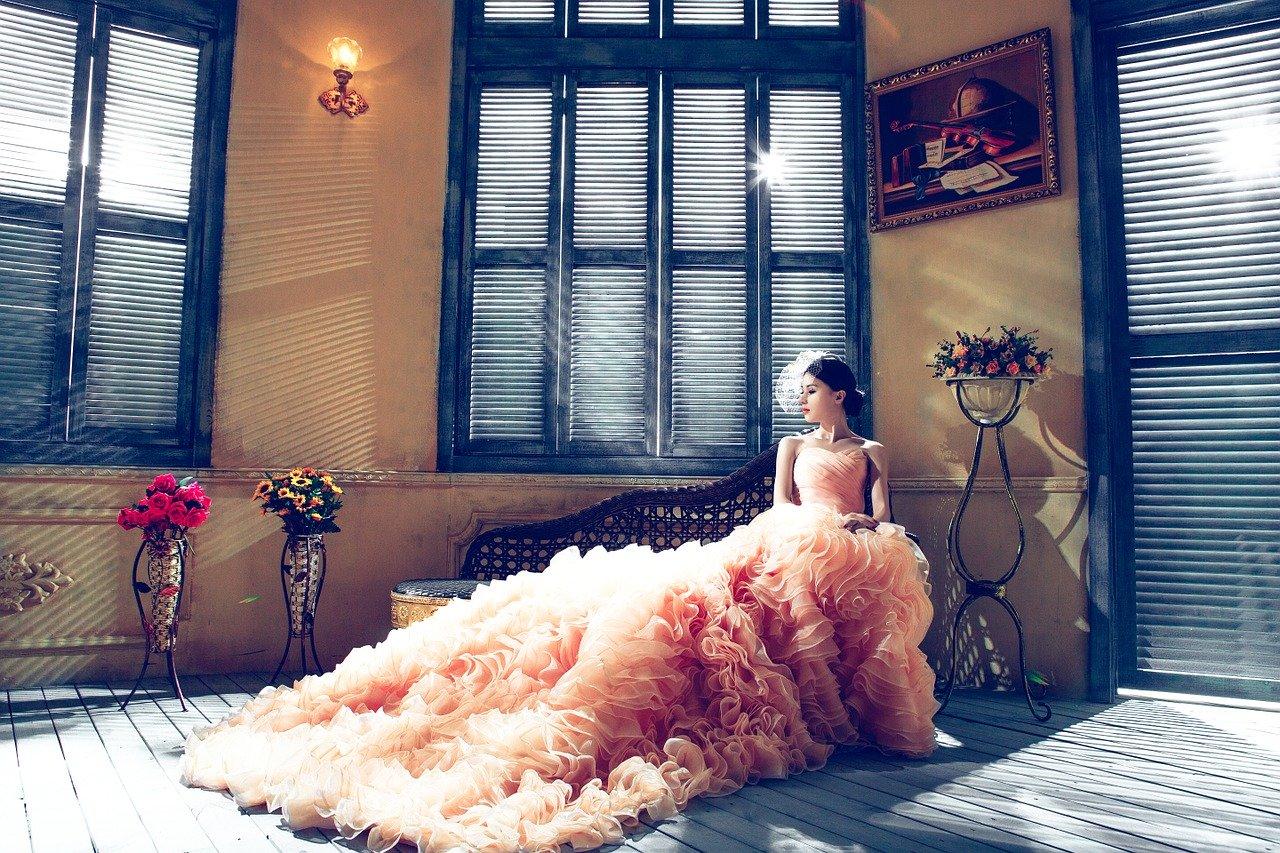 Comment s'habiller pour son mariage chez la femme.